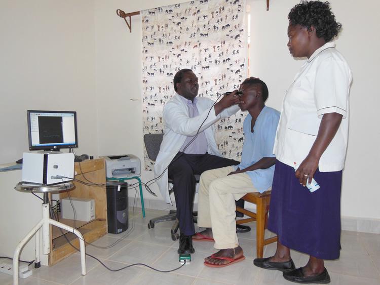 Dr. Leornard Doing a B-Scan